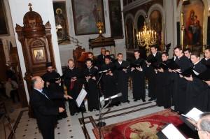Στο πρώτο μέρος της συναυλίας ο χορός απέδωσε με εξαιρετικό τρόπο ύμνους της μεγάλης εορτής των Εισοδίων της Θεοτόκου