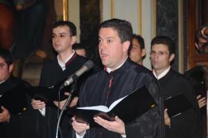 Την παρουσίαση των ύμνων έκανε ο Θεολόγος καθηγητής κ. Θεοχάρης Μασσαράς, Λαμπαδάριος και μέλος του χορού μας.